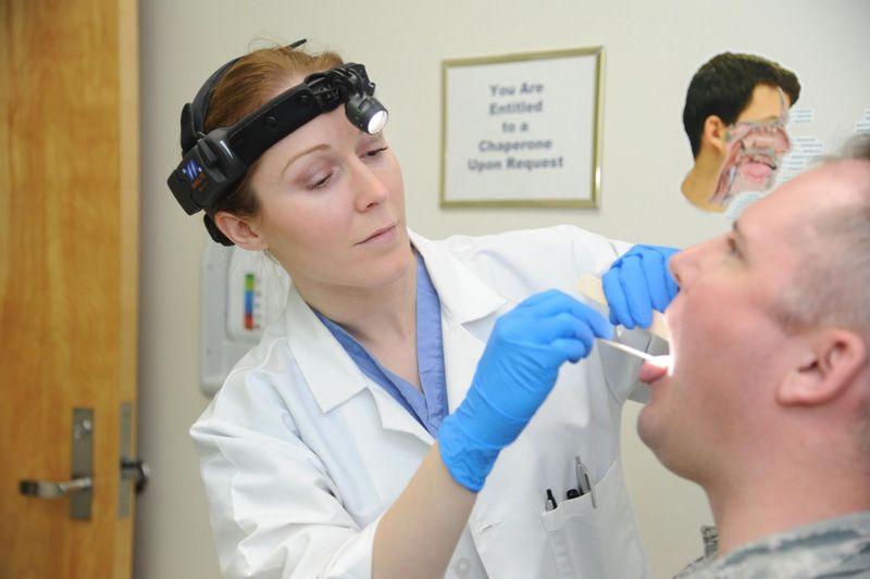 Ung thư vòm họng có chữa được không khi bệnh đang ở giai đoạn 2 và 3?