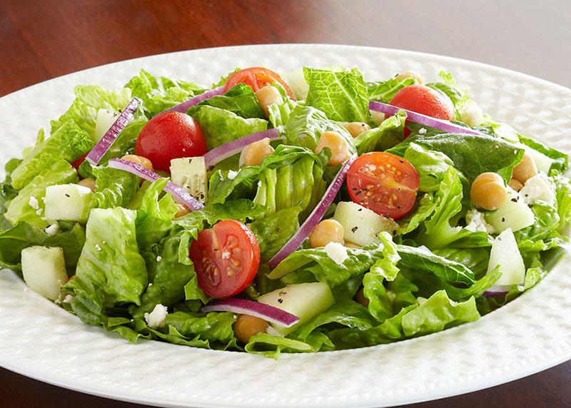 Người bị viêm loét dạ dày nên ăn nhiều rau củ trong mỗi bữa ăn