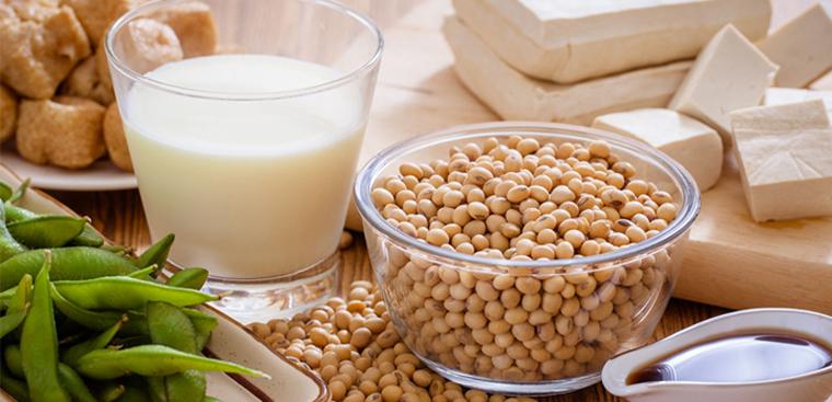 Nên ăn nhiều các sản phẩm được làm từ đậu nành