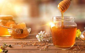 5 cách dân gian giảm triệu chứng viêm loét dạ dày bằng mật ong